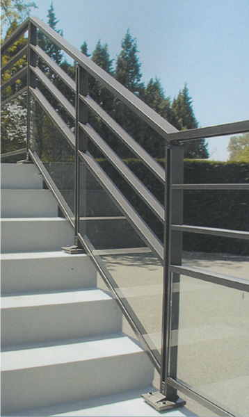 garde-corps-gypse-paquebot-simple-poteaux-aluminium-verre-securite-technal-protection