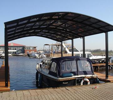 P100105-Boat-Park-Jap