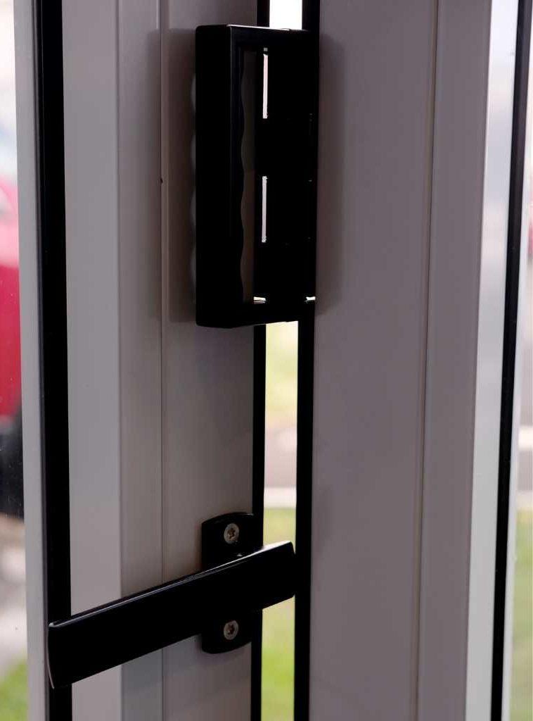 porte-ambial-repliable-technal-baie-verre-grand-format-vantaux-grande-ouverture