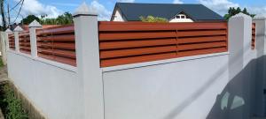 cloture aluminium lame z couleur bois