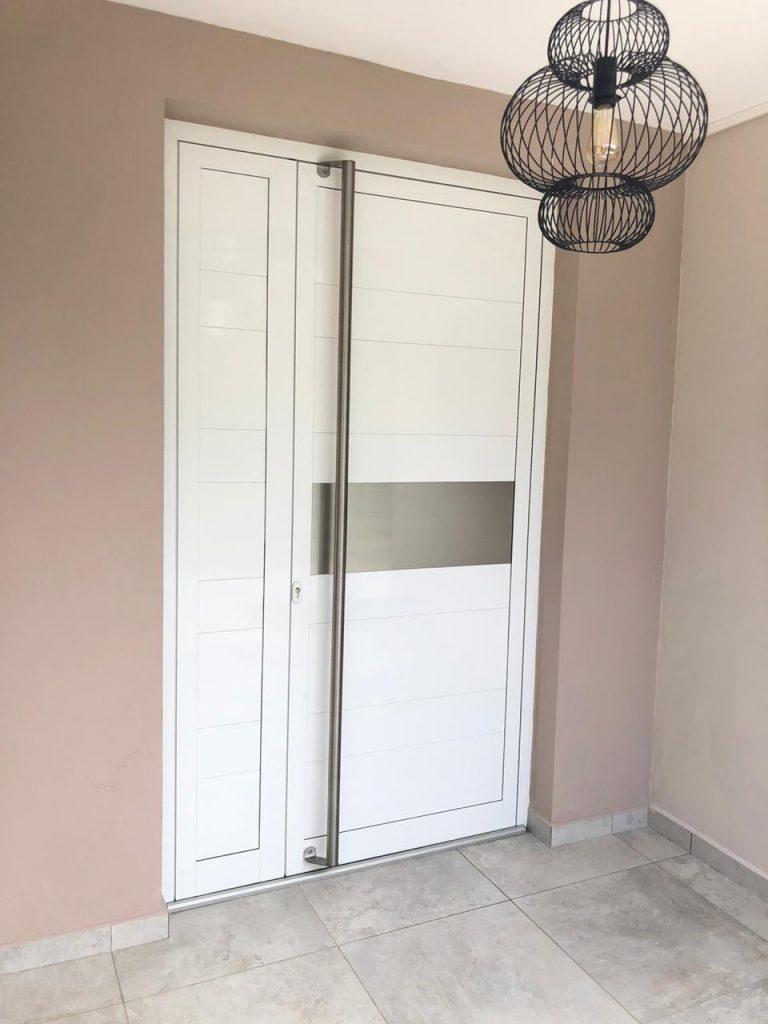 porte d'entree aluminium menuiserie sur mesure coloris blanc