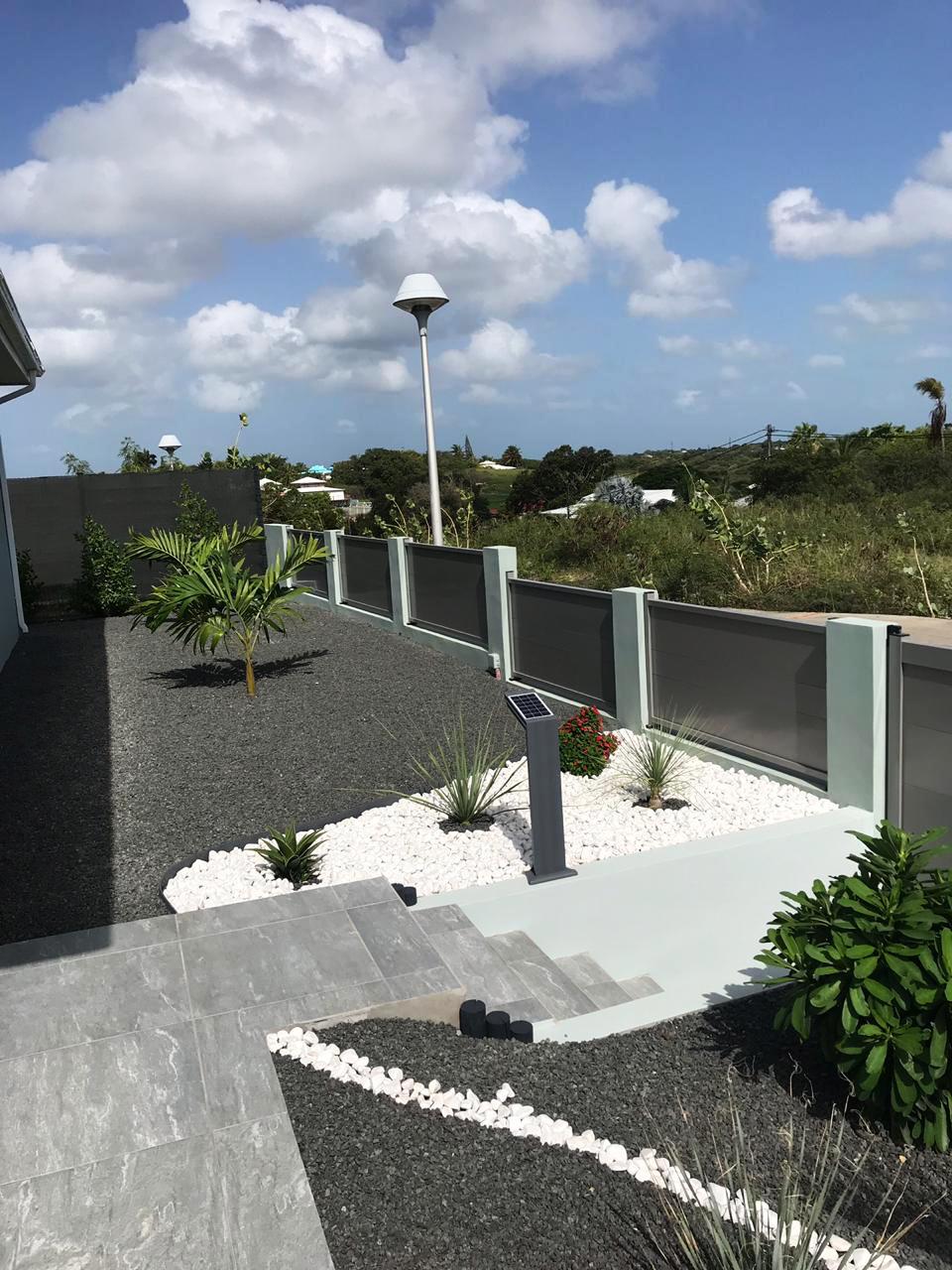 brise vue cloture guadeloupe aluminium barriere aluminium gris securite maison villa