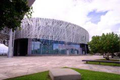 Le Mémorial ACTe un édifice aux murs de verre signés Savima